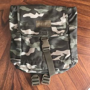 VS PINK mini backpack camo